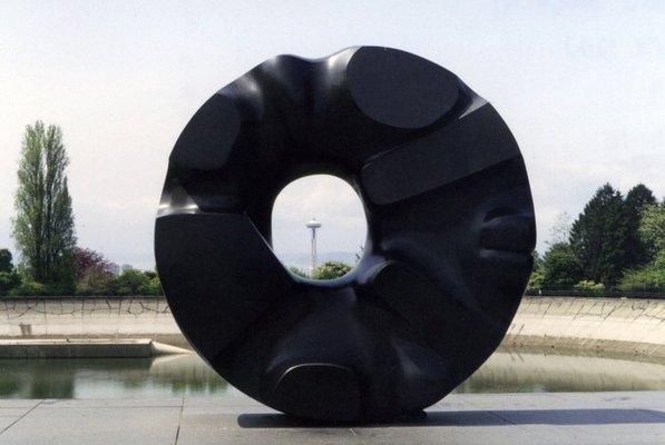 Black Sun - Noguchi Isamu
