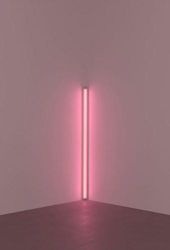 Pink out of corner (to Jasper Johns) - Dan Flavin