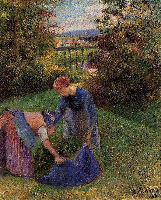 Women Gathering Grass - Camille Pissarro
